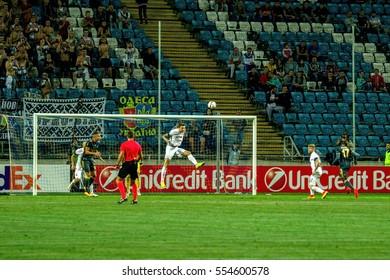 ODESSA, UKRAINE - September 15, 2016: UEFA Europa League group stage Zarya Lugansk - FENERBAHCE Istanbul -Turtsiya.1: 1. Game time of intense struggle for ball