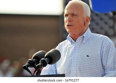 O'FALLON - AUGUST 31: Senator McCain talks to a crown at a rally in O'Fallon near St. Louis, MO on August 31, 2008