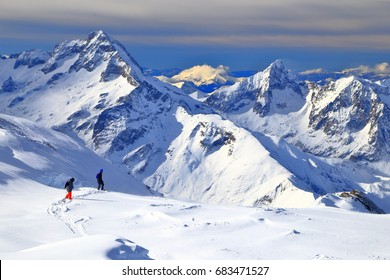 Off piste skiers near Les Deux Alpes, France