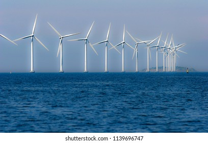 off shore windpark in the baltic sea near Kopenhagen, Danmark