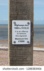 It is an offence to remove this signpost.