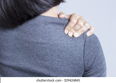 Office Syndrome: Shoulder Pain
