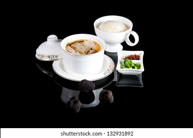The official Chinese cuisine seafood health soup