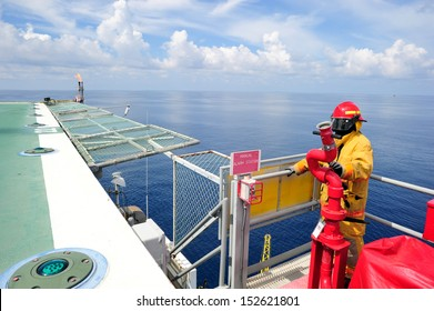 An offshore fireguard on the helideck