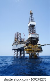 Offshore Jack Up Drilling Rig and The Production Platform for Oil and Gas Production
