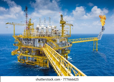 Offshore oil and gas process which treat raw gas and condensate before sent to onshore refinery and petrochemical plant, Power and energy business.
