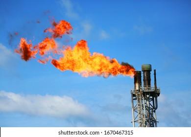 Offshore-Plattform für die Erdöl- und Erdgasförderung. Die Bauplattform im Offshore-Geschäft. Die Erdölproduktion zur Unterstützung der Stromerzeugung für viele Unternehmen.