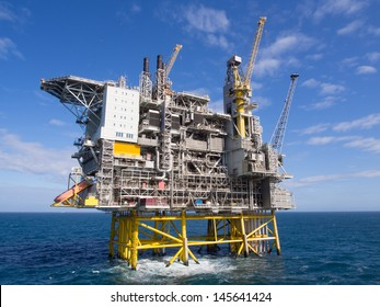 Offshore oil platform on the North Sea, in the Norwegian sector