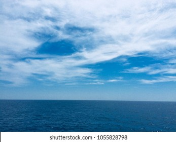 Offshore oilfield and platform HD mobile and desktop wallpaper , offshore oilfield daylight view from ship, blue ocean blue sky with beautiful clouds