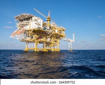 Offshore Production Platform For Oil and Gas Development