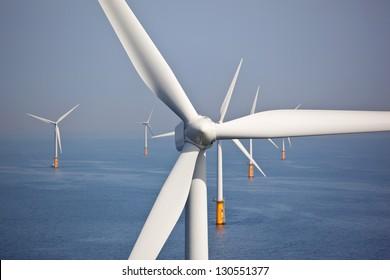 Parc de éoliennes en mer