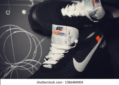 e03ba7ec4f77b The Off-White x Nike Air Vapormax sport shoes