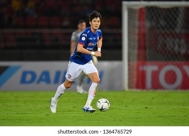 Oh Ban-suk of SCG Muangthong United in action during The Football Thai League between Bangkok United and SCG Muangthong United at True Stadium on March 02,2019 in Pathum Thani, Thailand