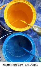 Oil color paint yellow and blue.