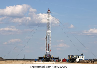 oil drilling rig on oilfield