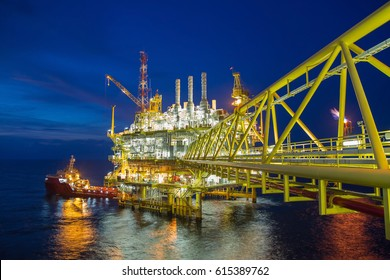 Oil and gas central processing platform in the gulf of Thailand produced raw gases and condensate then treat and compress for set to onshore refinery and petrochemical plant.