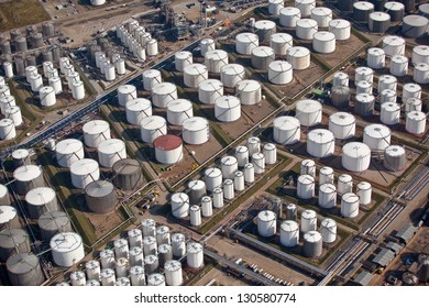 Oil and gas storage in port