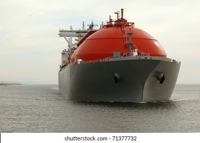 Oil and gas supertanker