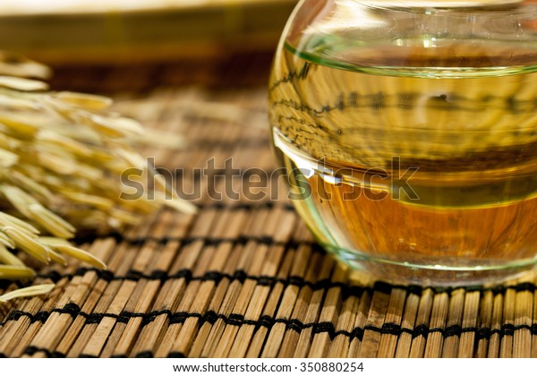 Oil in jar extracted from flax seeds or linseeds
