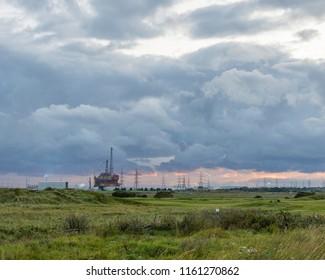 Oil platform decommissioning