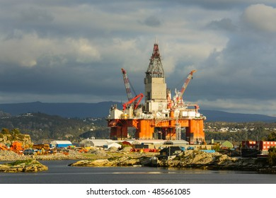 Oil platform under maintenance. Bergen, Norway.