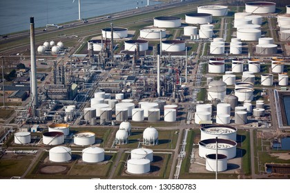 Oil refinery from the air