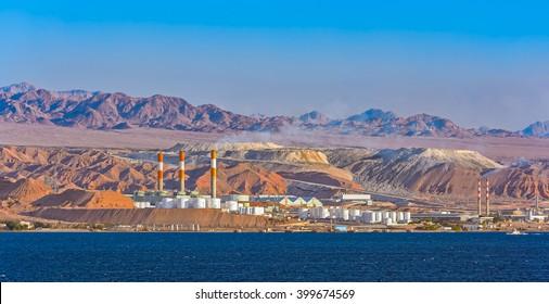 Oil refinery by frontier with Saudi Arabia, Aqaba, Jordan