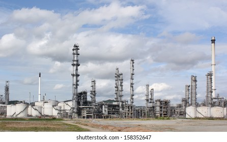 Oil refinery at day time