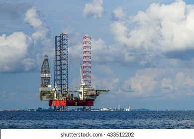 Oil and Rig industry in offshore.
