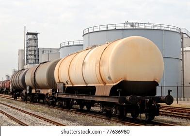 oil train and oil refinery