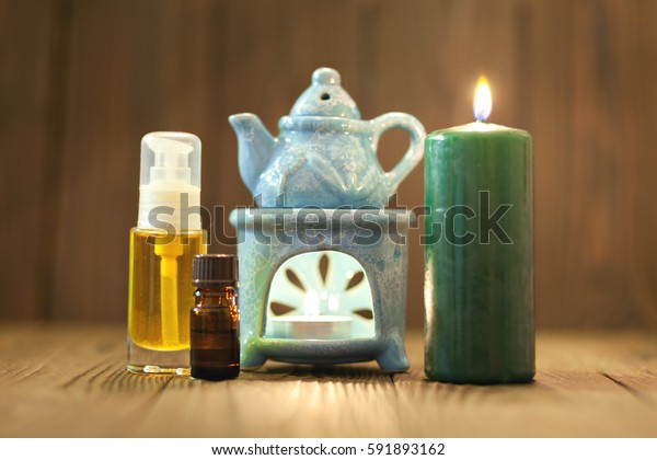 The oil warmer in the candles