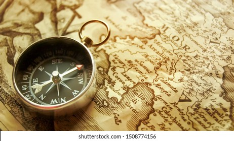 The Old Thing، 100 Years Above Old Compass Wallpaper