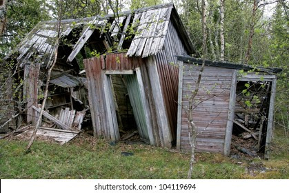 Old abandoned cottage  falling down