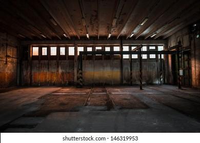 Altes verlassenes Industriegebäude