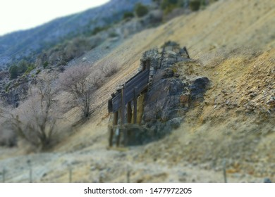 Abandoned Mineshaft Images, Stock Photos & Vectors