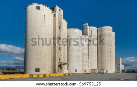 Old abandoned silos of the Spreckels Sugar Company, Factory 1, in Salinas, California, where sugar was prepared from beets.