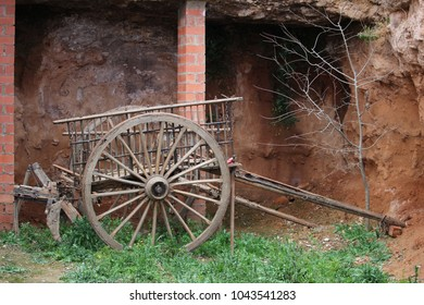 old abandoned wagon in a spanish town