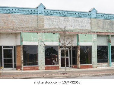 Old abandoned western American town out of business