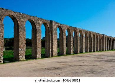 Old Aqueduct of Obidos (Aqueduto da Usseira). Made in the 16th century. Obidos, Portugal