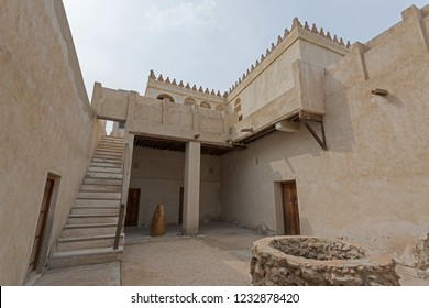 Old Arab architecture, Buildings, doors and mosque