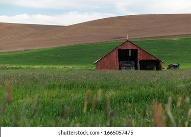 Old barn found while driving through the Palouse in Eastern Washington State during Spring
