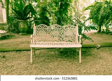 old bench in park - vintage effect filter
