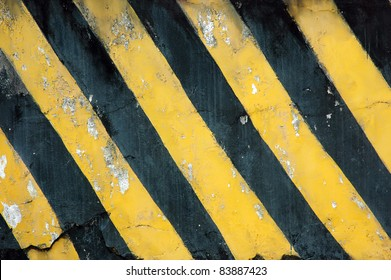 old black and yellow strips on the wall
