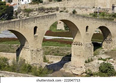 Old bridge is of Roman origin in Manresa, Catalonia (Spain). The river is Cardener.
