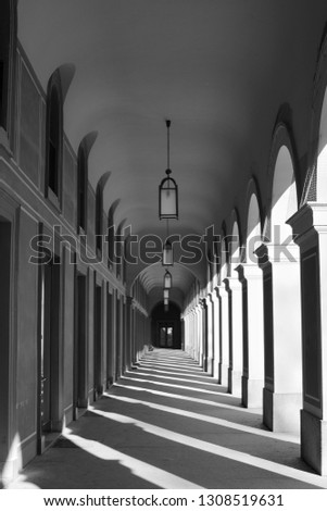 old-building-architecture-columns-sunlig