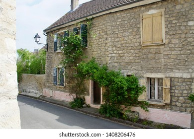 Old Building in Auvers on the Oise