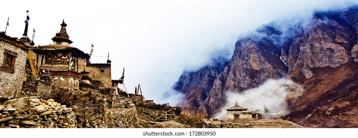 Old buildings of the ancient Tibetan Nar Village in the Nar-Phu Valley in the Annapurna Himalayas, Nepal
