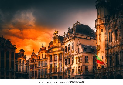 Old buildings and structures. Brussels, Belgium Attractions. Sights. Des Brasseurs �¸ Anno Maison