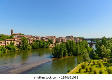 Old buildings and Tarn river in Albi, a beautiful town in southern France