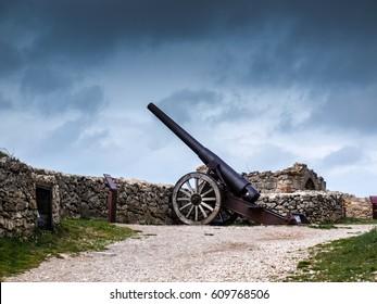 Old cannon of Morella